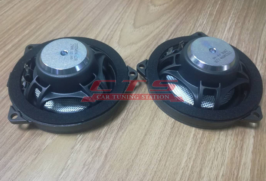 BMW G30  bowers&wilkins midrange speakers